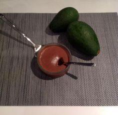 Μους σοκολάτα-αβοκάντο - Xωρίς γαλακτοκομικά!