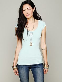 Solid Seamless Capsleeve Top