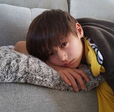 Cute Asian Babies, Cute Asian Guys, Cute Korean Boys, Korean Babies, Asian Kids, Korean Boy Hairstyle, Taehyung, Ulzzang Kids, Boy Photos