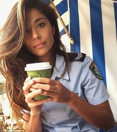 Back to work! Pia returned to work on the Palm Beach set of Home And Away recently...