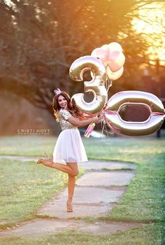 30th Party, 30th Birthday Parties, Cake Birthday, Birthday Fun, 30 Birthday Balloons, Birthday Presents, Birthday Quotes, Fete Marie, 30th Birthday Ideas For Women