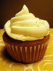 Captain Morgan's Cupcakes, inspired by the classic 'Captain 'n' Coke'! #vegan