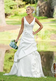 Taffeta A-line V-neck Sleeveless With Picks Up And Flowers Wedding Dress picture 1