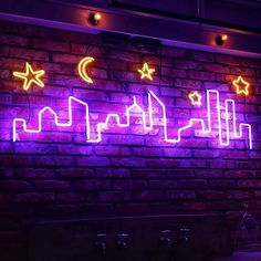 Image about night in Neon 💡 by 𝓜𝓪𝓻𝓲𝓪 ➶ on We Heart It Led Neon, Neon Glow, Purple Aesthetic, Aesthetic Rooms, Aesthetic Hair, Neon Rose, Neon Words, Custom Neon Signs, Neon Wallpaper