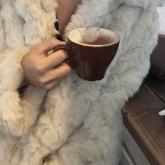 City Aesthetic, Aesthetic Images, Season Of The Witch, Skin To Skin, Rest And Relaxation, Best Seasons, Baby Winter, New Wall, Cold Day