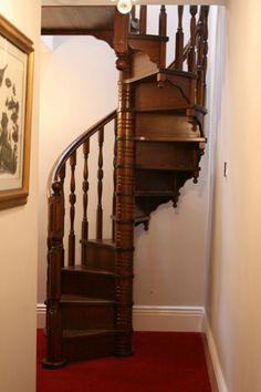 Best Byers Choice Right Curving Wood Spiral Staircase Display 640 x 480