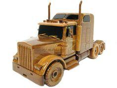 Wooden Kenworth W900