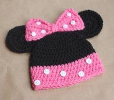 Crochet Hat Sizing, Chat Crochet, Crochet Baby Bonnet, Crochet Kids Hats, Disney Crochet Hats, Free Crochet, Crochet Minnie Mouse Hat, Mickey Mouse Hat, Repeat Crafter Me