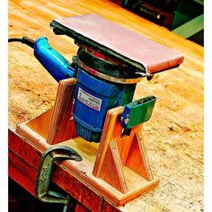 Woodworking Jigsaw Inverted Sander Stand Woodworking Plan from WOOD Magazine Woodworking Projects That Sell, Woodworking Workshop, Woodworking Classes, Woodworking Videos, Diy Wood Projects, Woodworking Crafts, Woodworking Tools, Wood Crafts, Woodworking Jigsaw
