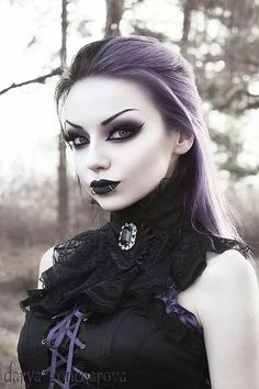 Great goth, if anyone ask how a cool vamp should be look like, this is it. Model: Darya Goncharova