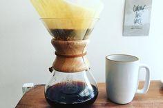今日も今日とてコーヒーを淹れます  #coffeetime  #chemex #heathceramics  #largemug #chemexbrew  #pourover http://ift.tt/1U25kLY