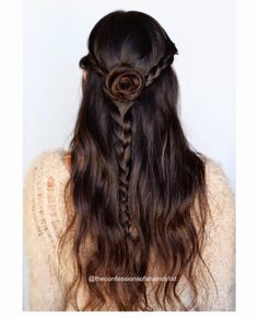Probably the prettiest half up braided style ever!