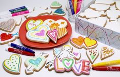 Valentine's cookies + edible markers = very happy toddlers.