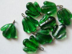 9 perles feuille vert antique par ruefedor sur Etsy