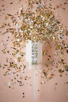 Glitter & Glam Push-Pop
