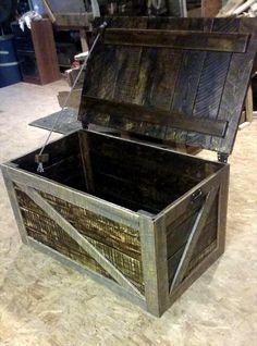 Pallet Trunk / Toy Box / Storage Chest | Pallet Furniture DIY