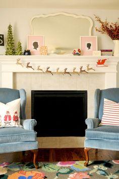 DIY Santa and his reindeer garland.  #flatlay #flatlays #flatlayapp www.flat-lay.com