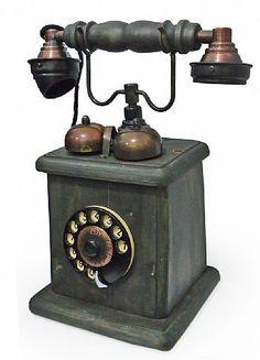 Telefone design antigo com sino 1934 - Artesanal.