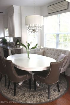 settee for kitchen table cabinet painting cost how to create a stylish dining nook with modern decor ef63386f7172a010f63d84dc3577a620 jpg b t