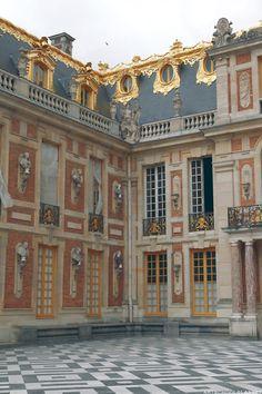 Cour, Versailles
