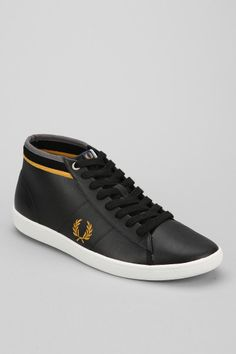 Fred Perry Cradock Leather Mid-Top Sneaker