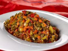 CAVIAR DE VINETE Veggie Side Dishes, Side Dish Recipes, Vegetable Recipes, Vegetarian Recipes, Dishes Recipes, Healthy Cooking, Healthy Eating, Cooking Recipes, Caviar