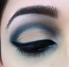 sultry blue smokey eye