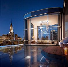 The penthouse of Norman Foster's 50 United Nations Plaza has been a thing since building reps confirmed that the nearly apartment would have a private pool. New York Penthouse, Luxury Penthouse, Luxury Apartments, Luxury Homes, New York Apartment Luxury, Nyc, Palaces, Appartement New York, New York Homes