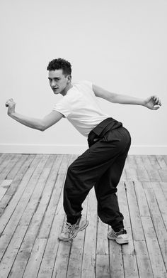 Daniel Riera photographs for The Happy Reader cover story with Olly Years Transgender, Hogwarts, Olly Alexander, One Republic, Important People, Band Memes, Sabrina Carpenter, Linkin Park, My Chemical Romance