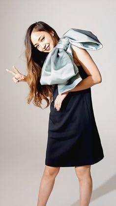 Raincoat, Japan, Models, Fashion, Rain Gear, Role Models, Moda, Fasion, Modeling