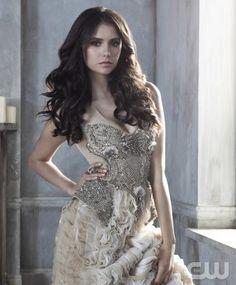 The Vampire Diaries - Nina Dobrev