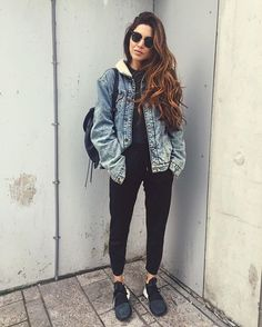 Pin for Later: 32 Lazy but Stylish Outfit Ideas For the Days You Just Don't Feel Like Trying A Black Tee, Black Pants, a Denim Jacket, and Sneakers