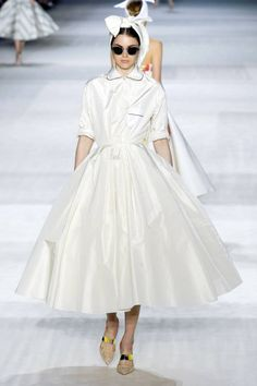 Giambattista Valli Couture Fall 2014. See all the best looks here.