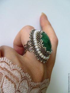 Купить Кольцо с бериллом и жемчугом - зеленый, изумрудный, берилл натуральный, жемчуг натуральный, кольцо с бериллом
