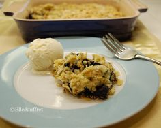 Berry Crumble, Hunger Games, Food Dishes, Entrees, Appetizers, Meals, Facebook, Canning