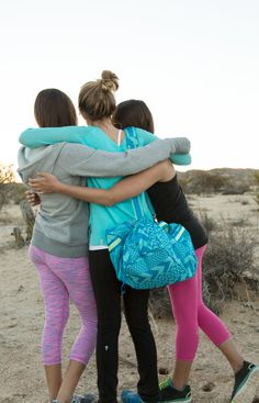 sunsets fade, friends are forever. Girls Sports Clothes, Preteen Girls Fashion, Young Girl Fashion, Teen Girl Outfits, Little Girl Leggings, Girls Leggings, Cute Little Girl Dresses, Cute Little Girls, Hot Short Jeans