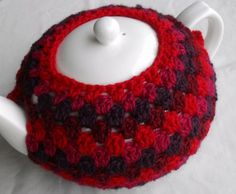 Granny Tea Cozy Tutorial Crochet with Raymond - kind of an old school design but hate the color scheme