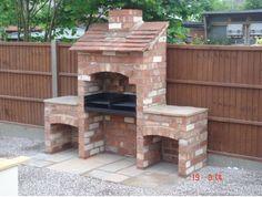 Diy outdoor grill ideas garden ideas on bricks raised beds and brick build outdoor grill Brick Built Bbq, Brick Grill, Built In Grill, Outdoor Barbeque, Barbecue Pit, Bbq Chimney, Diy Grill, Bbq Diy, Grill Design