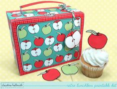 Hey, I found this really awesome Etsy listing at https://www.etsy.com/au/listing/197155746/retro-lunchbox-cupcake-box-teacher
