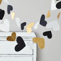 It's the garland with a heart of gold (and of black and white, too).