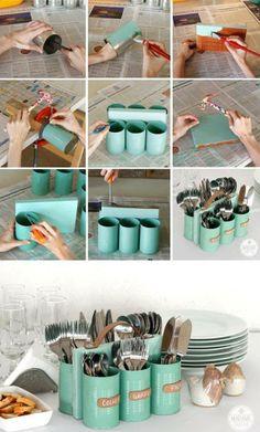 #Porta #talheres feito com #latas e pedaço de #madeira. Saiba como fazer mais coisas em http://www.comofazer.org