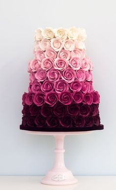 Ombre Rose Wedding Cake This is beautiful. And they got to have it for a wedding… Ombre Rose Wedding Cake This is beautiful. And they got to have it for a wedding cake but it's beautiful Gorgeous Cakes, Pretty Cakes, Cute Cakes, London Cake, Bolo Cake, Wedding Cake Roses, Cupcake Wedding Cakes, Wedding Cake Recipes, Cream Wedding Cakes