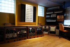 Musikbox Writing Studio | Miloco Recording Studios