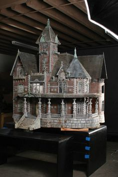 """""""Crypt Keeper"""" haunted house miniature made by artisans at Boss Film Studios for Tales from the Crypt. Used for the opening main title sequence of all 93 episodes."""