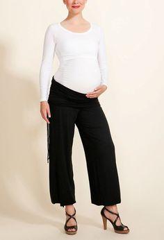 pantaloni senza limiti premaman... alcune di noi li usano anche come tutine #themilkbar #premaman