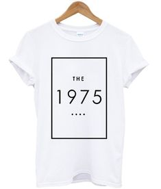 Do You Looking for Comfort Clothes? The 1975 T Shirt is Made To Order, one by one printed so we can control the quality. The 1975 Camisa, T Shirt Diy, Shirt Shop, Cool Tees, Cool Shirts, The 1975 T Shirt, Mothers Day Shirts, Love Band, Best Friend Shirts
