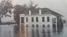 Golden Grove plantation house. East bank of great river road, LA. Destroyed by Miss. River, 1902.