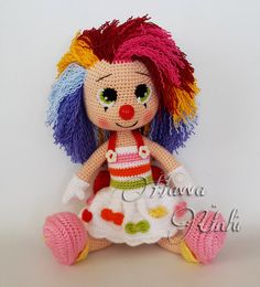Ravelry: Miss Clown pattern Havva Ünlü Amigurumi Patterns, Amigurumi Doll, Doll Patterns, Finger Knitting, Knitting Yarn, Knitted Dolls, Felt Dolls, Crochet Animals, Crochet Toys