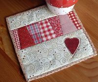 vikki posted dresden mug rug to their -quilting fever- postboard via the Juxtapost bookmarklet.