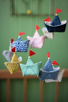 Mobile boat - sewing instructions with sewing pattern-Mobile Schiffchen – Nähanleitung mit Schnittmuster Mobile boat – sewing instructions with sewing pattern - Sewing Projects For Beginners, Sewing Tutorials, Sewing Patterns, Sewing Tips, Diy Y Manualidades, Diy Couture, Headband Pattern, Baby Sewing, Diy Baby